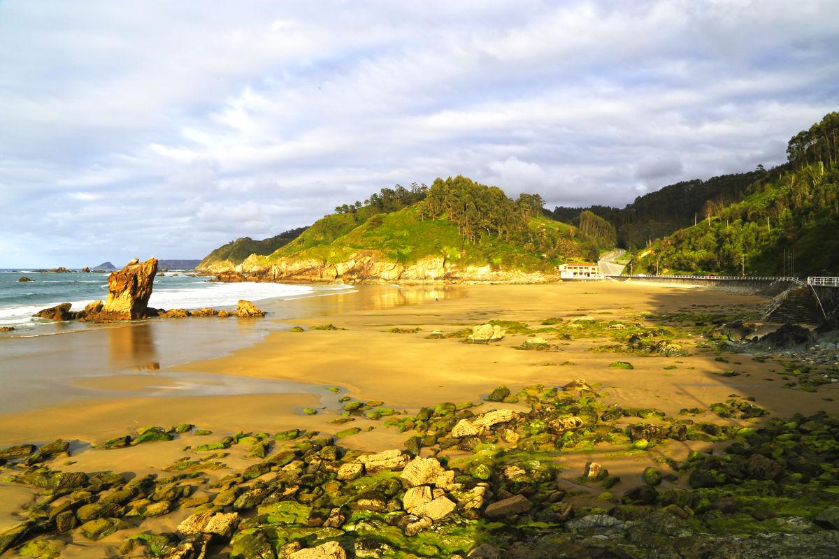 Playa de Aguilar con la marea baja
